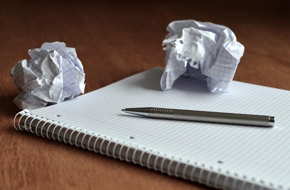 scholarship essay topics_plans